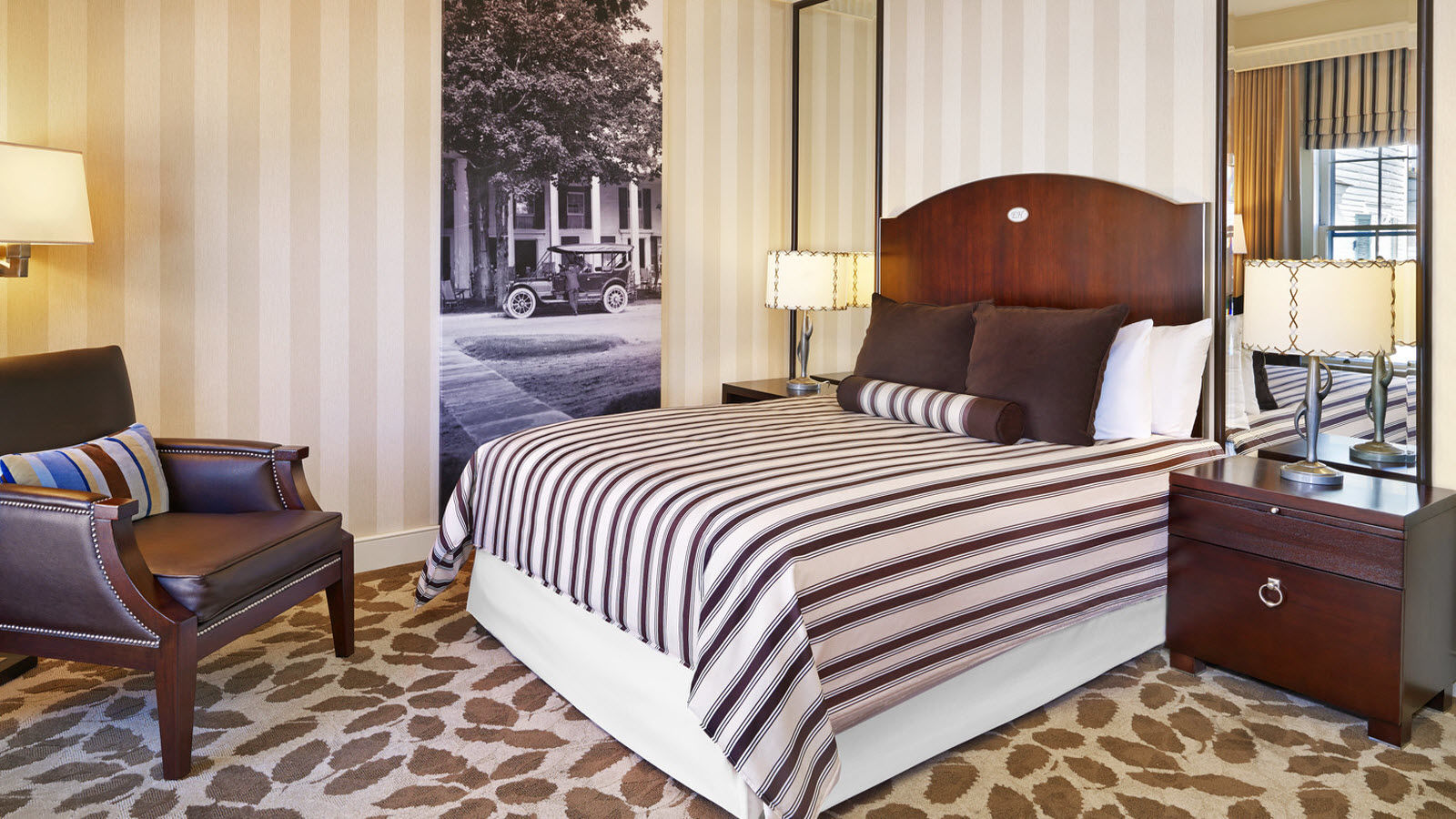 The Equinox, a Luxury Collection Golf Resort & Spa, Vermont traditional guest room Orvis Inn
