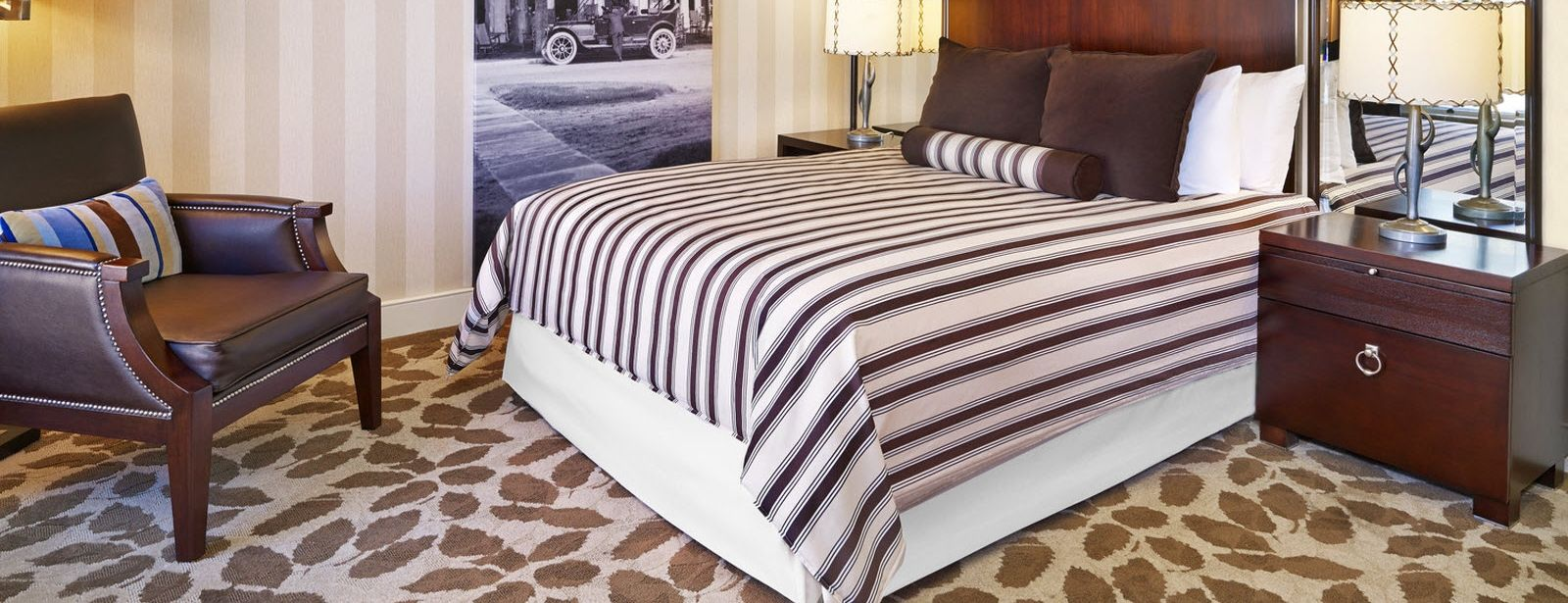 The Equinox, a Luxury Collection Golf Resort & Spa, Vermont Traditional guest room bed